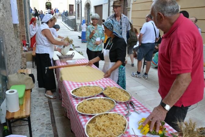 Torre Orsina fa festa ai patroni S.Rocco e S.Teodoro