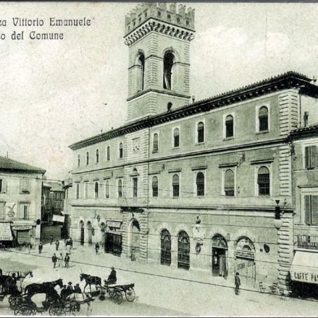 Terni palazzo comunale piazza vittorio Emanuele II