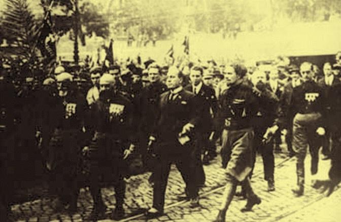 Mussolini in Umbria per l'anniversario della marcia su Roma