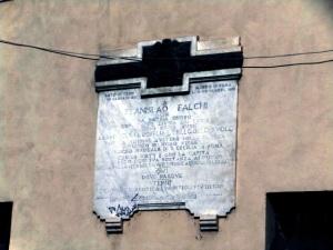 La lapide chde ricorda Stanislao Falchi a Terni