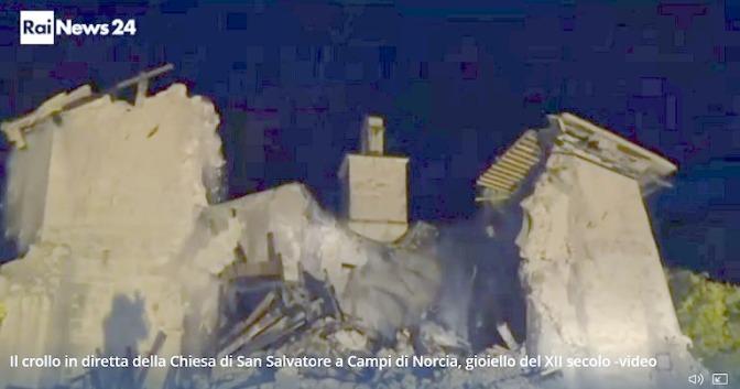 """Terremoto: tra Preci e Norcia, è crollata la chiesa con lo """"spot"""" sul pavimento"""