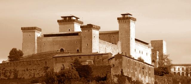 Spoleto, in dieci evadono dalla Rocca