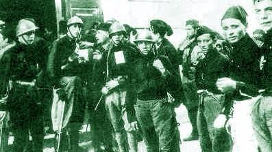 Mussolini contestato dai fascisti perugini
