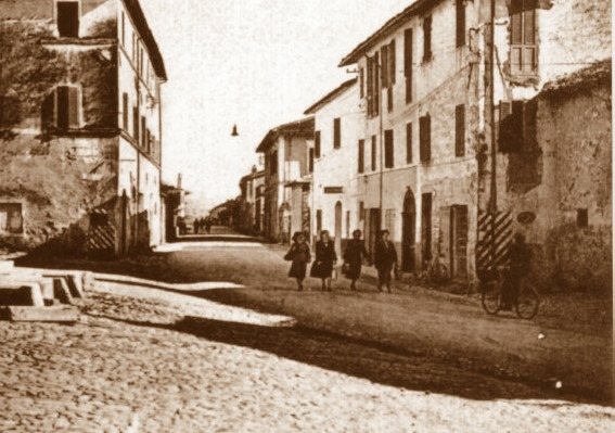 Sant'Eraclio, auto investe cinque ragazze: una muore