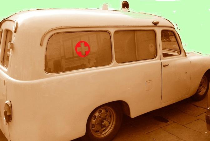 Folignate nei guai: sigarette di contrabbando nell'ambulanza
