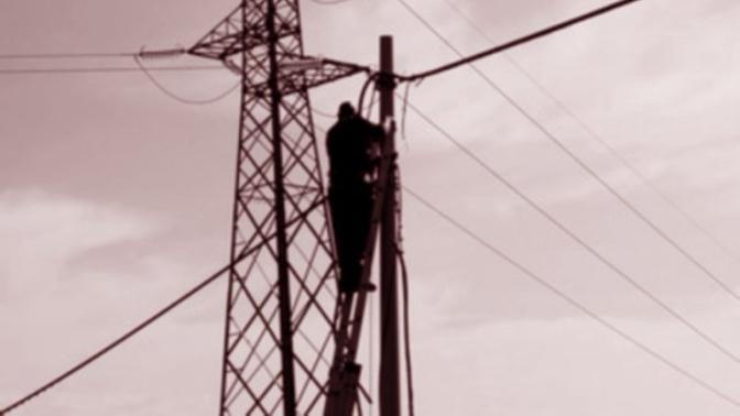 Spoleto, operaio fulminato da una scarica da 120 mila volts
