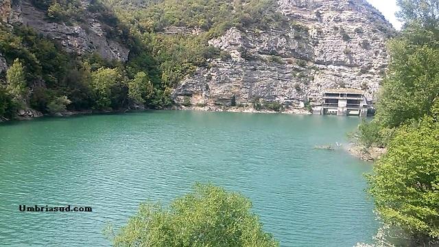 1939, s'inaugurano gli impianti idroelettrici del Salto e Turano